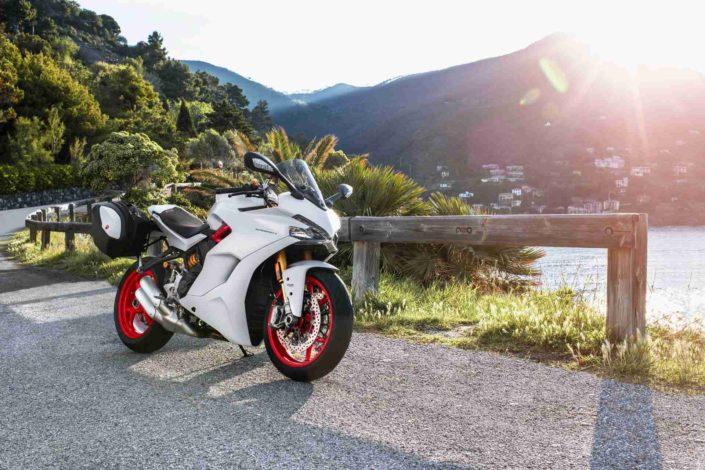Ducati Super Sport Blanca 05