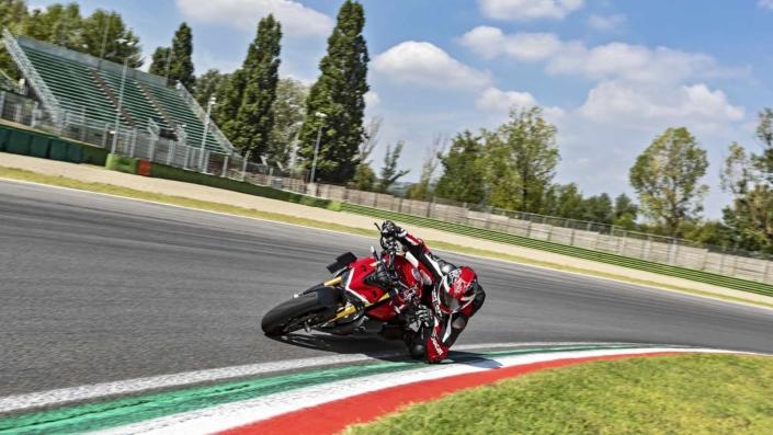 Ducati StreetFighter V4 - Circuito