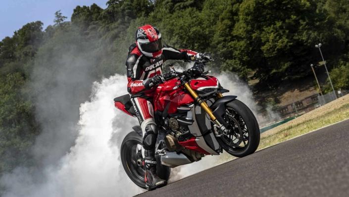 Ducati StreetFighter V4 - Humo